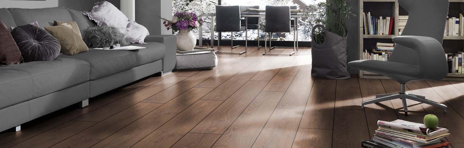 Phòng khách sử dụng sàn gỗ Việt nam Galamax