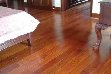 Phòng sử dụng sàn gỗ Robina