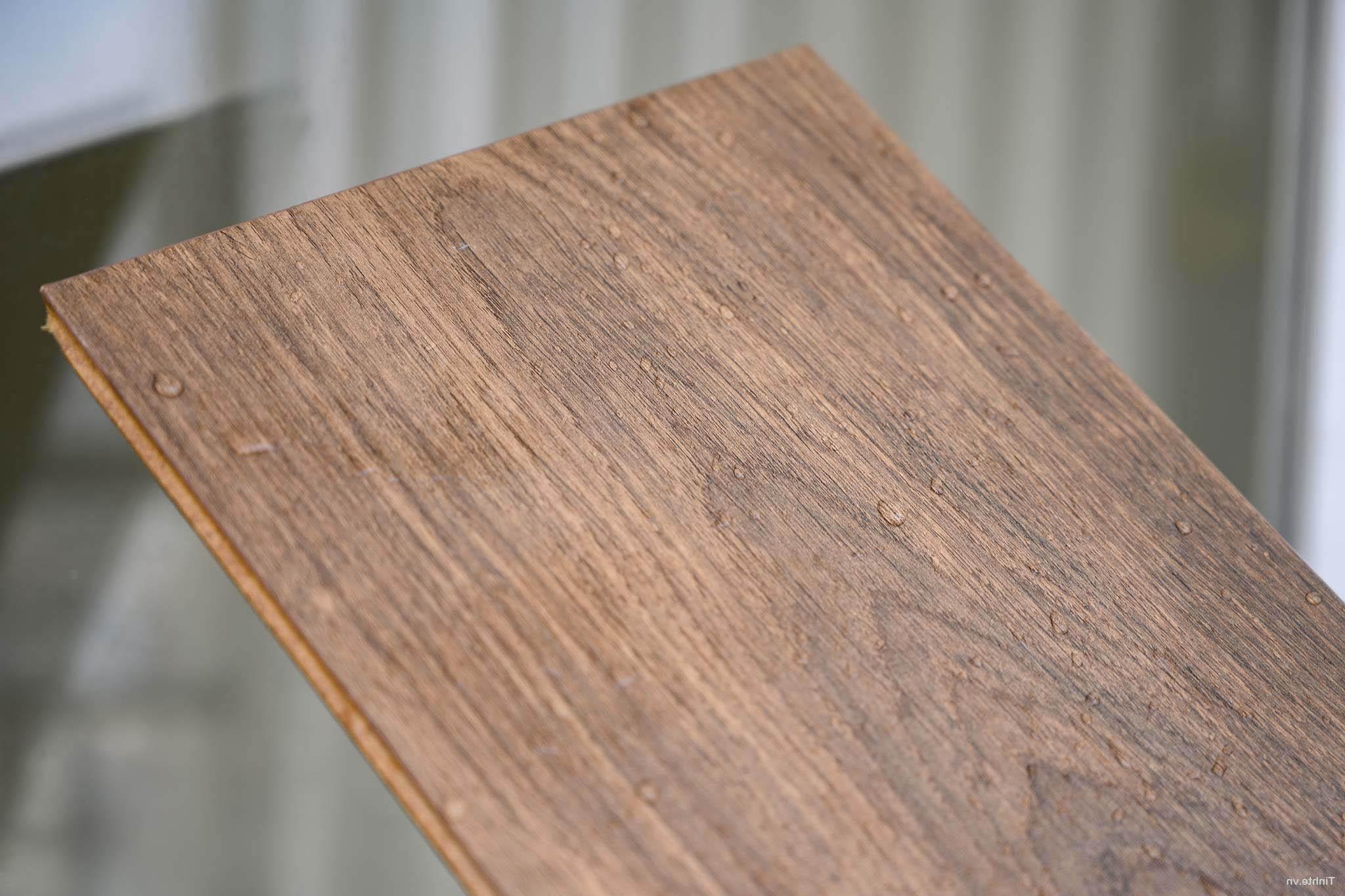 Sàn gỗ Egger chịu nước tốt